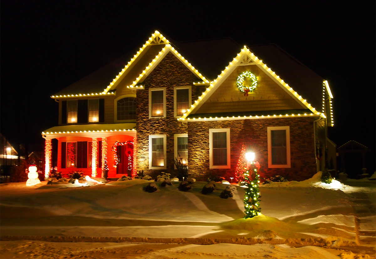 Outdoor Seasonal Lighting