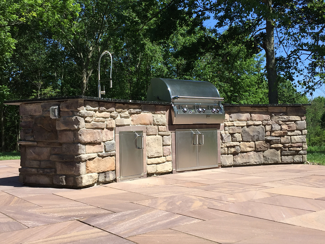 Pepper Pike Ohio outdoor kitchen design
